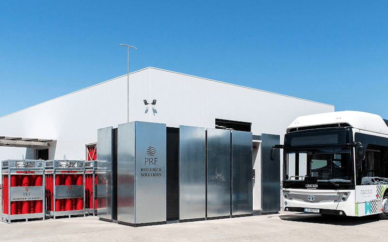 PRF Gas Solutions presented the DRHYVE station: a portable Hydrogenrefuelling station, the 1st in Portugal.